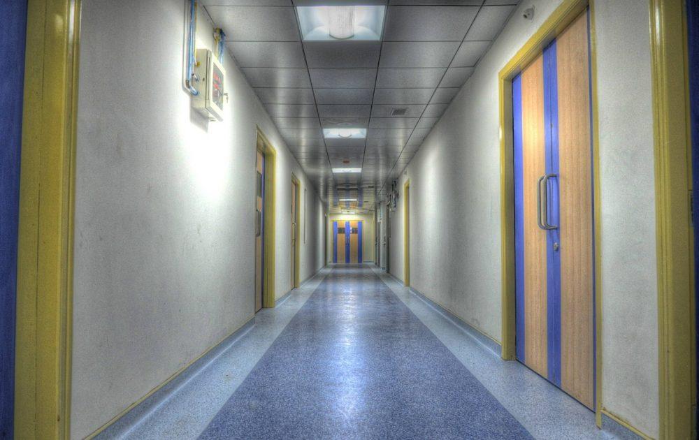 hospital-555092_1280